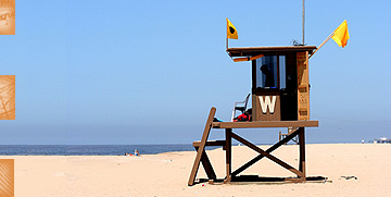 Lifeguard tower at Newport Beach
